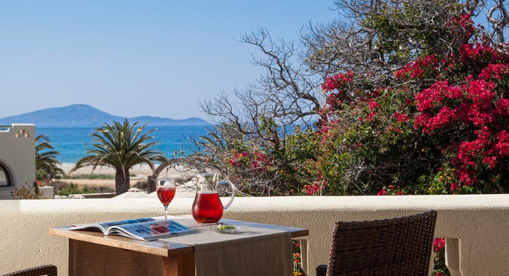 finikas hotel naxos balcony